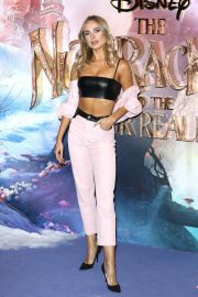 Kimberley Garner at The Nutcracker and the Four Realms Premiere in London 2018/11/01 3