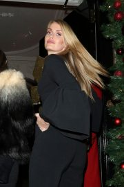 Kitty Spencer at Annabel's in London 2018/11/16 3
