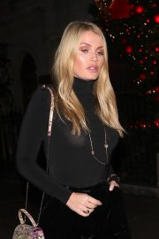 Kitty Spencer Leaves Annabel's Club in London 2018/11/24 1
