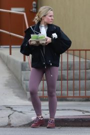 Kristen Bell Out and About in Los Feliz 2018/11/19 4
