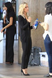 Kristin Cavallari at Her Uncommon James Pop up Shop in West Hollywood 2018/11/27 6