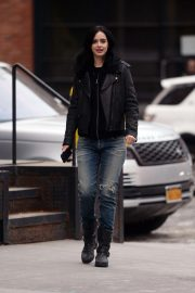 Krysten Ritter on the Set of a Commercial in New York 2018/11/19 1