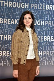 Lana Del Rey at 2019 Breakthrough Prize in Mountain View 2018/11/04 6