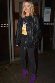Laura Whitmore Night Out in Dublin 2018/11/20 2