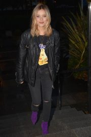 Laura Whitmore Night Out in Dublin 2018/11/20 7