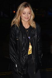 Laura Whitmore Night Out in Dublin 2018/11/20 8