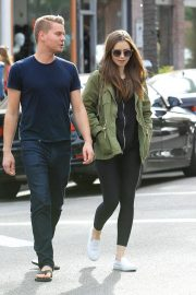 Lily Collins and Johnny Harper Out Shopping in Beverly Hills 2018/11/13 5