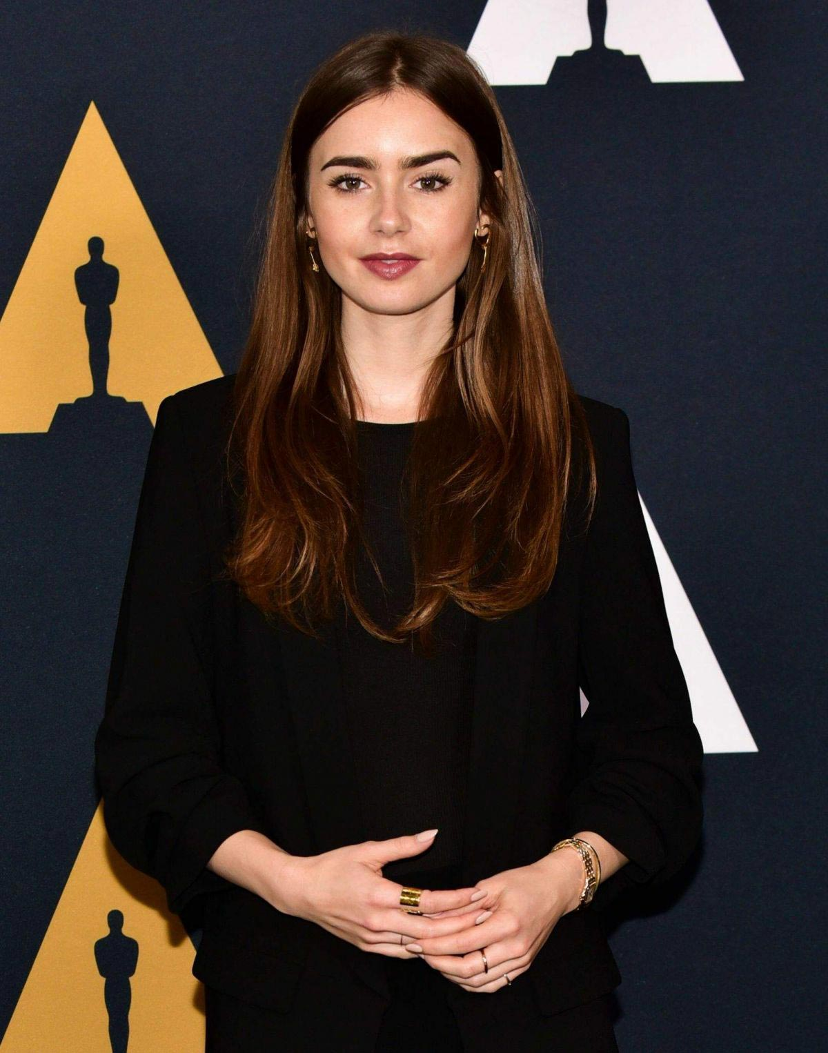 Lily Collins at Academy Nicholl Fellowships in Screenwriting Awards in Beverly Hills 2018/11/08 1