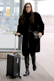 Liv Tyler at Heathrow Airport in London 2018/11/21 1