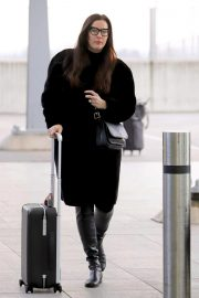 Liv Tyler at Heathrow Airport in London 2018/11/21 3