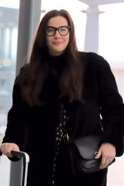 Liv Tyler at Heathrow Airport in London 2018/11/21 4