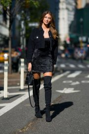 Lorena Rae at Victoria's Secret Fashion Show Fittings in New York 2018/11/01 4