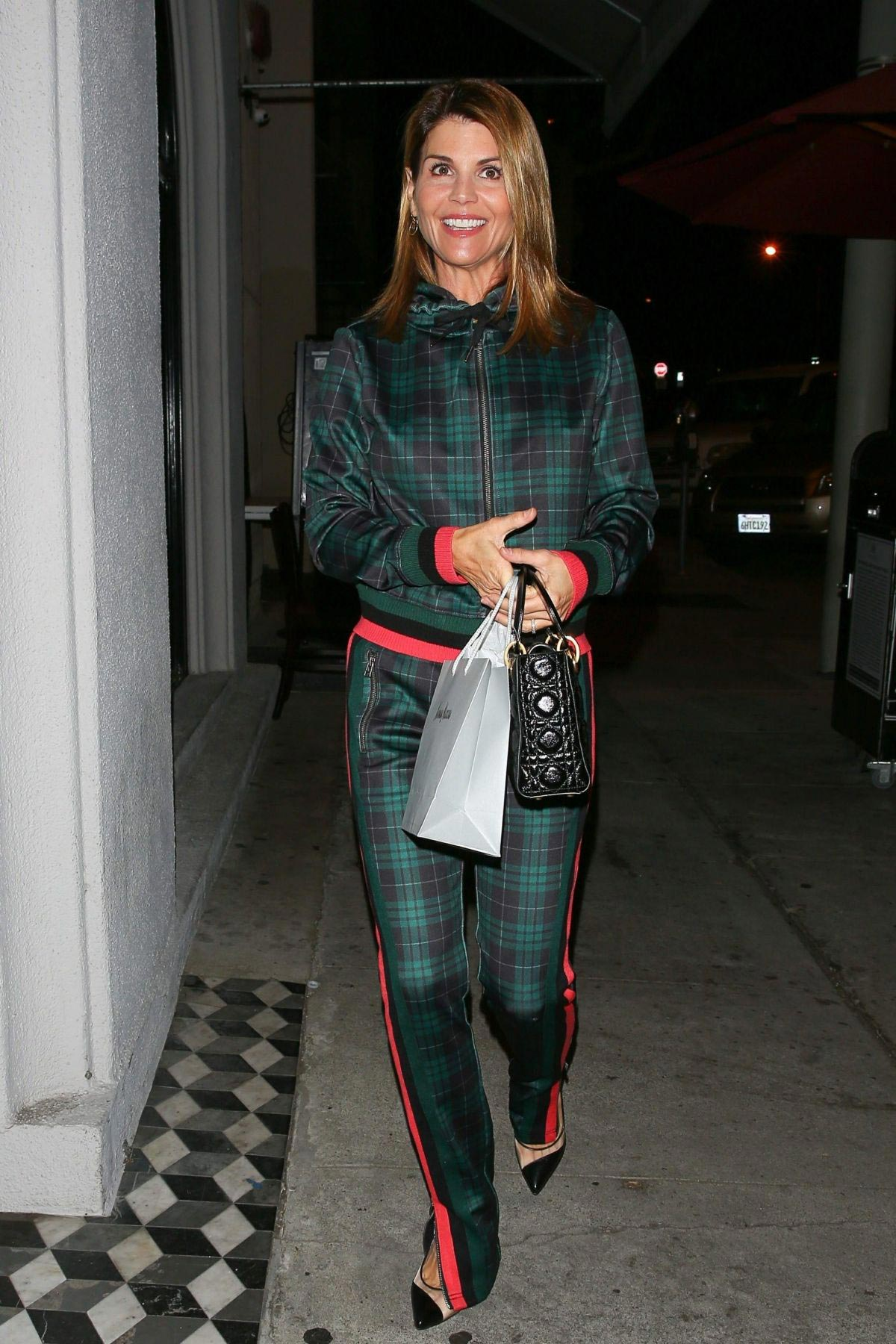 Lori Loughlin at Craig's Restaurant in West Hollywood 2018/11/20 1