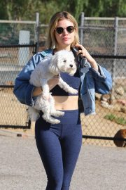 Lucy Hale at a Dog Park in Los Angeles 2018/11/20 10