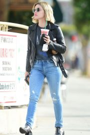 Lucy Hale in Denim Out in Los Angeles 2018/10/19 1