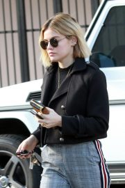 Lucy Hale Out in Studio City 2018/11/28 7