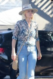 Malin Akerman Out for Lunch in Hollywood 2018/11/05 6