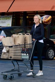 Malin Akerman Out Shopping in Los Angeles 2018 11 22 7