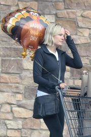 Malin Akerman Out Shopping in Los Angeles 2018 11 22 9