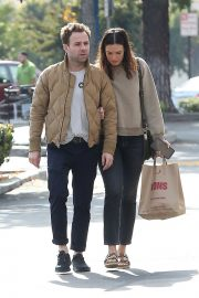 Mandy Moore and Ryan Adams Out Shopping in Los Angeles 2018/11/25 6