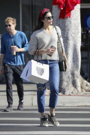 Mandy Moore Out Shopping in Los Angeles 2018/11/24 2