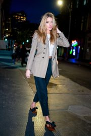 Martha Hunt Night Out in New York 2018/11/13 6