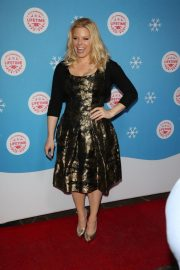 Megan Hilty at Gingerbread House Experience in Los Angeles 2018/11/14 4