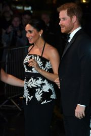 Meghan Markle and Prince Harry at Royal Variety Performance in London 2018/11/19 1