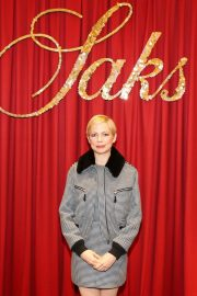 Michelle Williams at Theater of Dreams Holiday Windows and Lights Show in New York 2018/11/19 1