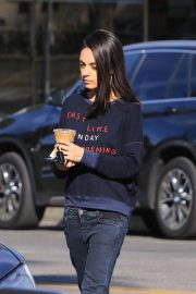Mila Kunis Out for Coffee in Studio City 2018/11/27 4