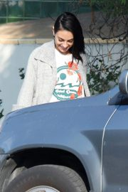 Mila Kunis Out for Lunch in Los Angeles 2018/11/16 6