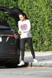 Mila Kunis Out in Los Angeles 2018/11/01 2