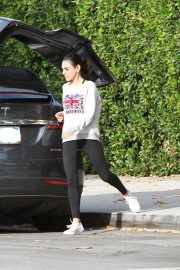 Mila Kunis Out in Los Angeles 2018/11/01 4