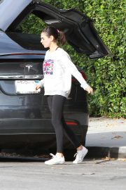 Mila Kunis Out in Los Angeles 2018/11/01 7