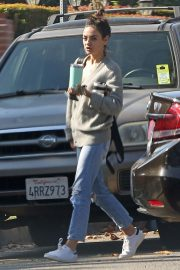 Mila Kunis Out in Los Angeles 2018/11/28 5