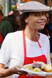 Minnie Driver at Los Angeles Mission Thanksgiving Event 2018/11/21 2