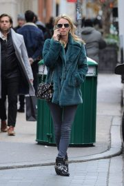 Nicky Hilton Out and About in New York 2018/11/27 5