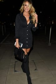 Olivia Attwood at Menagerie Bar and Restaurant in Manchester 2018/11/03 3