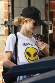 Paris Hilton Arrives for a Dentist Appointment in Los Angeles 2018/11/26 9