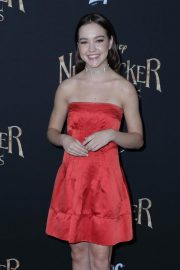 Sadie Stanley at The Nutcracker and the Four Realms Premiere in Los Angeles 2018/10/29 7