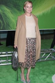 Samantha Mathis at The Grinch Premiere in New York 2018/11/03 3
