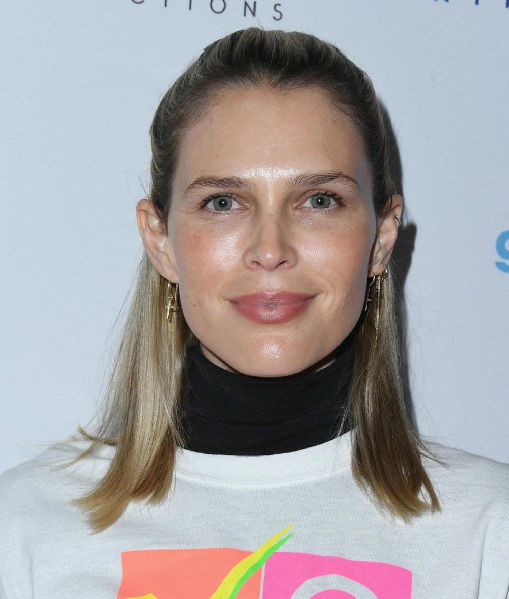 Sara Foster at Telethon for America at Youtube Space LA in Los Angeles 2018/11/05 1