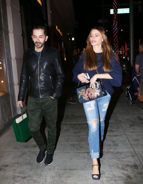 Sofia Vergara Out and About in Beverly Hills 2018/11/16 1