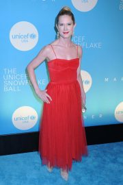 Stephanie March at UNICEF USA 2018 Snowflake Ball in New York 2018/11/27 5