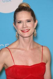 Stephanie March at UNICEF USA 2018 Snowflake Ball in New York 2018/11/27 8