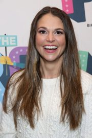 Sutton Foster at Prom Opening Night in New York 2018/11/15 1
