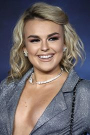 Tallia Storm at Fantastic Beasts: The Crimes of Grindelwald Premiere in London 2018/11/13 1