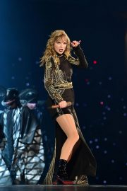 Taylor Swift Performs at Her Reputation Stadium Tour in Tokyo 2018/11/21 10