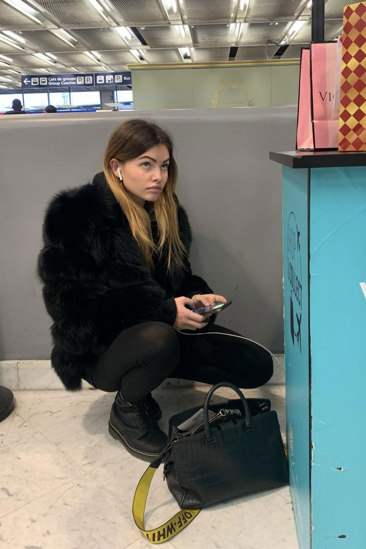 Thylane Blondeau at Orly airport in Paris 2018/11/24 1