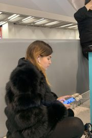 Thylane Blondeau at Orly airport in Paris 2018/11/24 2